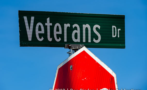 Veterans Dr Sign - Cedar Hill, Mo